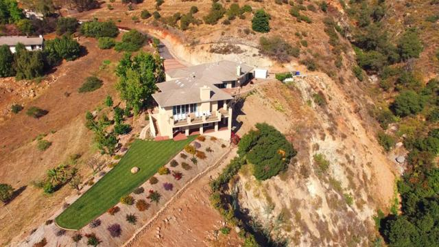 3335 Red Mountain Heights Rd, Fallbrook, CA 92028 (#180026852) :: Keller Williams - Triolo Realty Group
