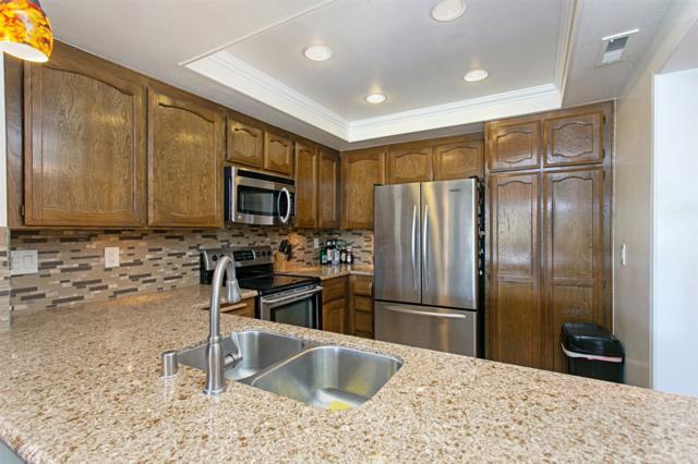 1137 Wren Glen, Escondido, CA 92026 (#180046417) :: Coldwell Banker Residential Brokerage