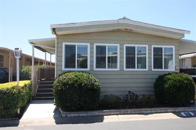 955 Howard Ave #88, Escondido, CA 92029 (#200038165) :: SunLux Real Estate