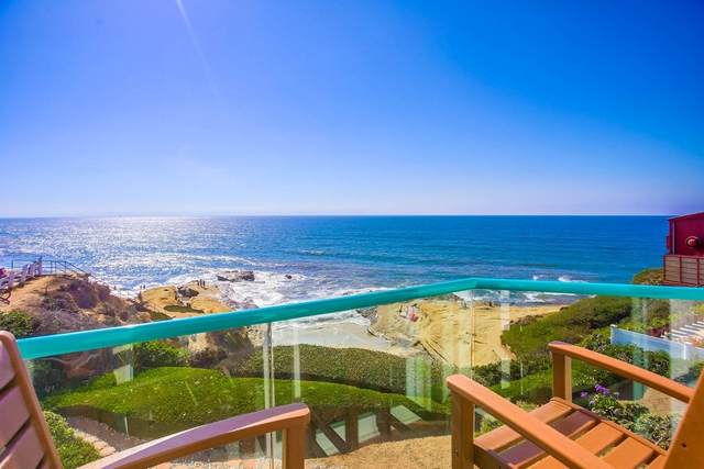 1724 Ocean Front St #3, San Diego, CA 92107 (#200045266) :: Yarbrough Group
