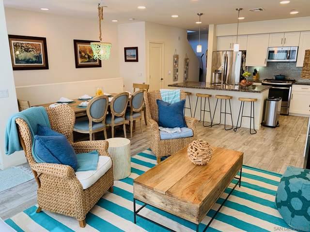 377 Juniper Ave, Carlsbad, CA 92008 (#200052804) :: Solis Team Real Estate