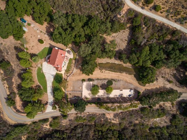 20919 Questhaven Rd, Escondido, CA 92029 (#170030323) :: Whissel Realty