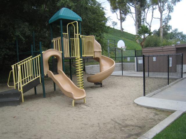 8258 Echo Dell Rd, San Diego, CA 92119 (#180057644) :: Neuman & Neuman Real Estate Inc.
