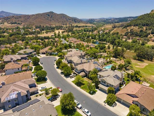 2327 Orchard View Lane, Escondido, CA 92027 (#200032694) :: Whissel Realty