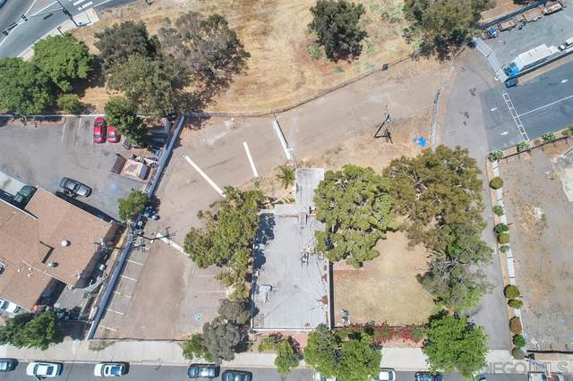 1180 Walnut Ave, Chula Vista, CA 91911 (#200035834) :: Neuman & Neuman Real Estate Inc.