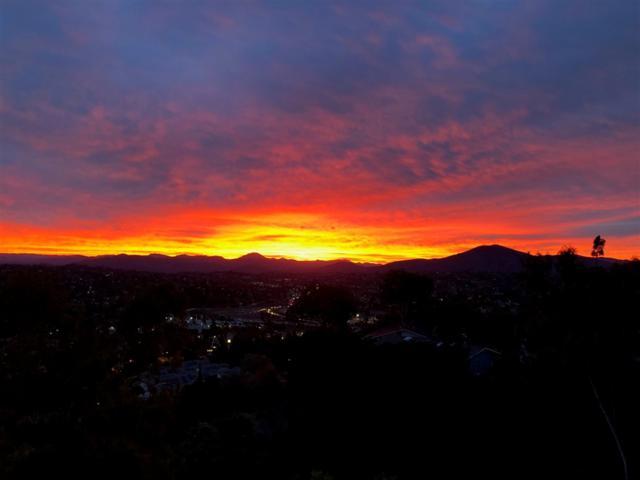 4255 Summit Drive, La Mesa, CA 91941 (#180052077) :: Keller Williams - Triolo Realty Group