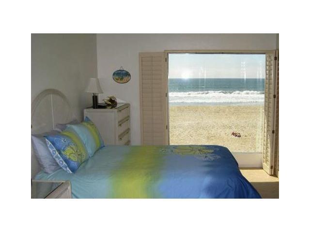 3755 Ocean Front Walk - Photo 1