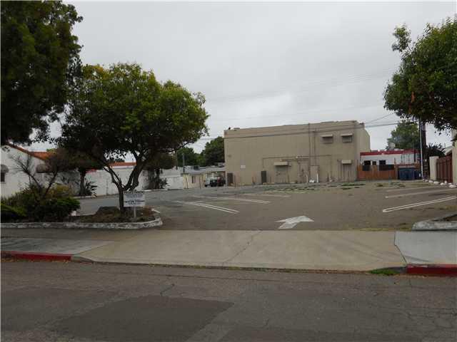 222 CHURCH AVE Church Ave Avenue #07, Chula Vista, CA 91910 (#100047179) :: The Marelly Group | Realty One Group