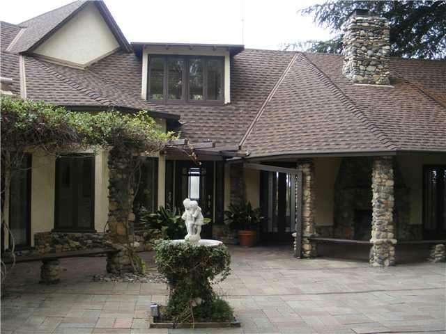 1145 Eucalyptus Avenue, Vista, CA 92084 (#120045885) :: The Marelly Group | Realty One Group