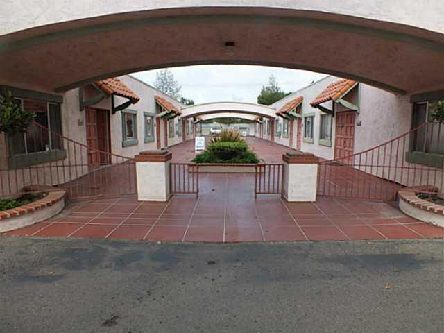 1721 Main Street, Ramona, CA 92065 (#120053537) :: Neuman & Neuman Real Estate Inc.