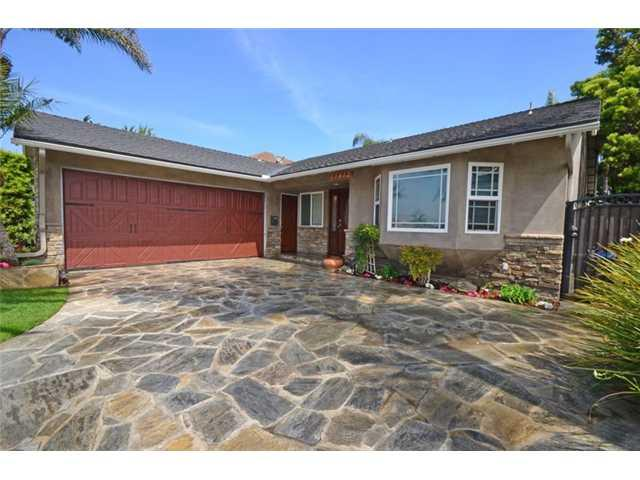 17412 Whetmore Lane, Huntington Beach, CA 92647 (#130019121) :: The Marelly Group | Realty One Group