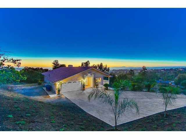919 Barsby Street, Vista, CA 92084 (#130032098) :: The Marelly Group | Realty One Group