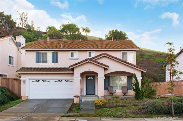 394 La Soledad, Oceanside, CA 92057 (#170017179) :: The Marelly Group | Realty One Group