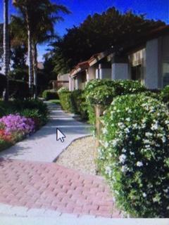 11856 Bernardo Terrace B, San Diego, CA 92128 (#170029545) :: Whissel Realty