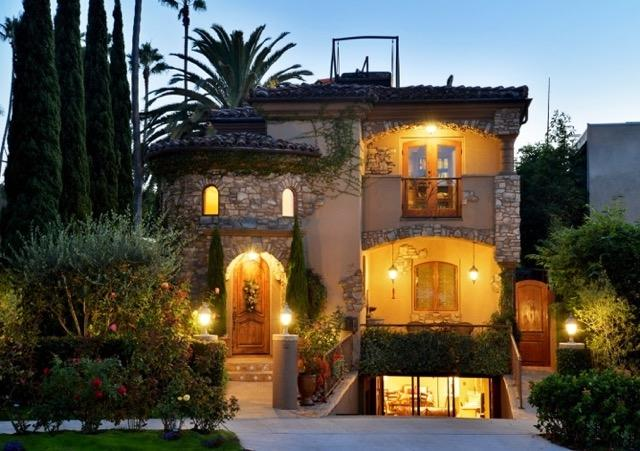 7964 Prospect Place, La Jolla, CA 92037 (#170029782) :: Coldwell Banker Residential Brokerage