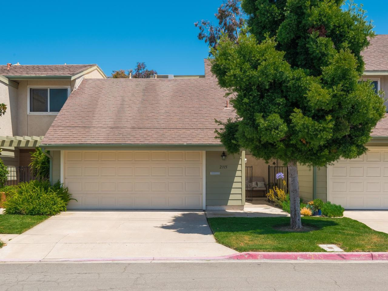 2315 Caminito Recodo, San Diego, CA 92107 (#170031223) :: The Yarbrough Group