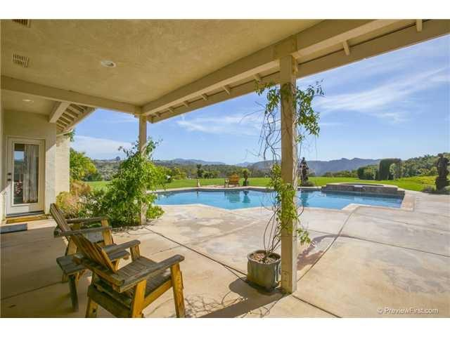 31708 Nira Lane, Bonsall, CA 92003 (#170032426) :: The Marelly Group | Realty One Group