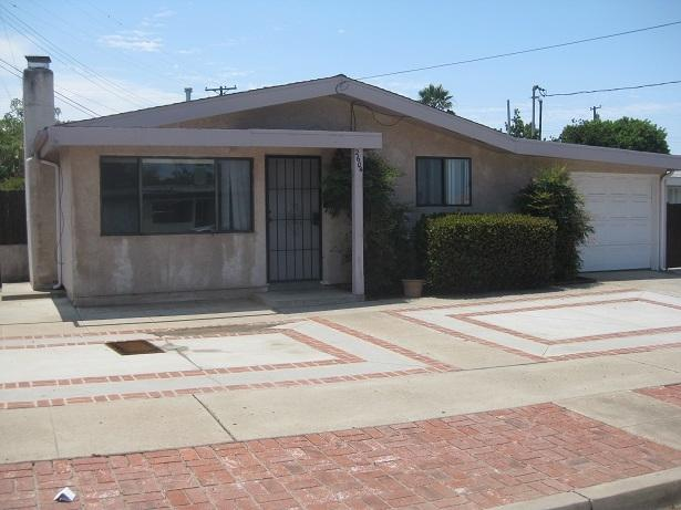 2604 Palace Dr., San Diego, CA 92123 (#170032987) :: Whissel Realty