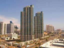 1205 Pacific Hwy #1905, San Diego, CA 92101 (#170033274) :: Neuman & Neuman Real Estate Inc.