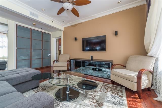 702 Ash St #209, San Diego, CA 92101 (#170039804) :: California Real Estate Direct