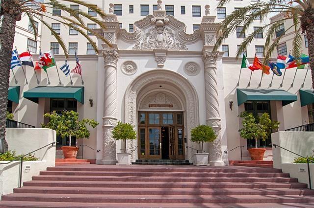 702 Ash St #405, San Diego, CA 92101 (#170040056) :: California Real Estate Direct