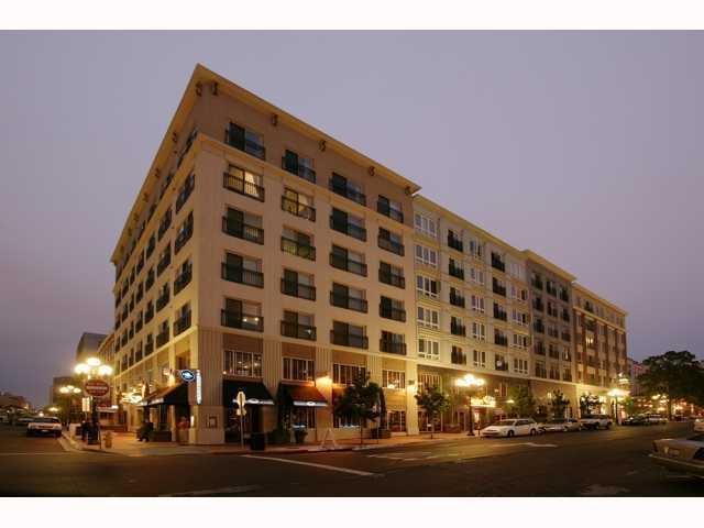 445 Island Ave #312, San Diego, CA 92101 (#170042797) :: Keller Williams - Triolo Realty Group