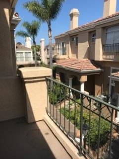 7240 Calabria Ct B, San Diego, CA 92122 (#170042847) :: PacifiCal Realty Group