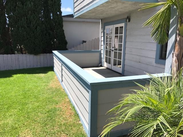 928 Diamond Street #1, San Diego, CA 92109 (#170043398) :: Whissel Realty