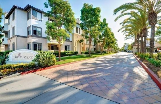 2188 Gill Village Way #812, San Diego, CA 92108 (#170047708) :: Ascent Real Estate, Inc.