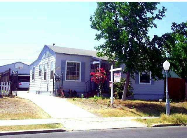 4766-68 Winona Avenue, San Diego, CA 92115 (#170048898) :: Teles Properties - Ruth Pugh Group