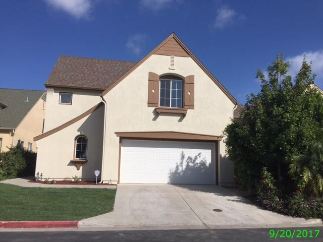 538 Poets Square, Fallbrook, CA 92028 (#170049653) :: Coldwell Banker Residential Brokerage