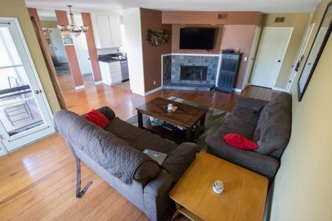 3121 Groton #3, San Diego, CA 92110 (#170054553) :: California Real Estate Direct