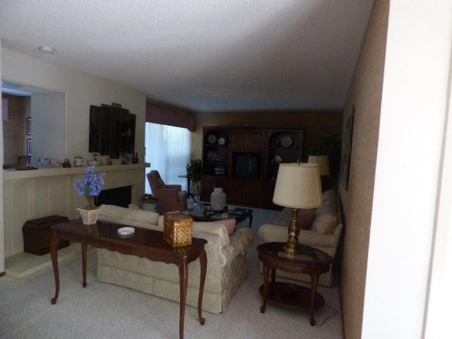 8959 Via Andar, San Diego, CA 92122 (#170058353) :: Coldwell Banker Residential Brokerage
