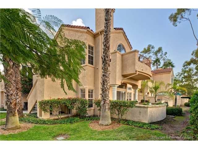 11336 Camino Playa Cancun #3, San Diego, CA 92124 (#170061877) :: Neuman & Neuman Real Estate Inc.