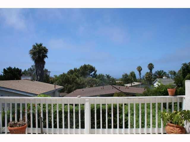 207-209 N Granados Ave, Solana Beach, CA 92075 (#170062892) :: Bob Kelly Team