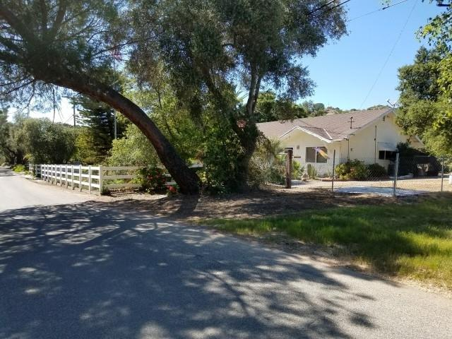 40058 Ross Road, Fallbrook, CA 92028 (#180001378) :: The Yarbrough Group
