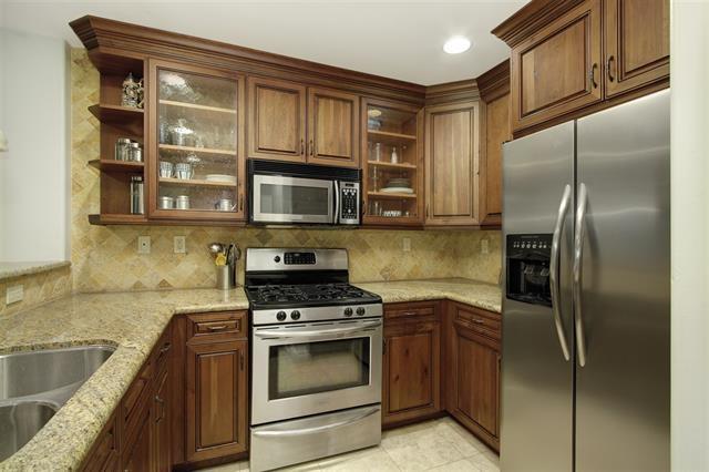 7411 Herschel Ave 1C, La Jolla, CA 92037 (#180003498) :: Heller The Home Seller