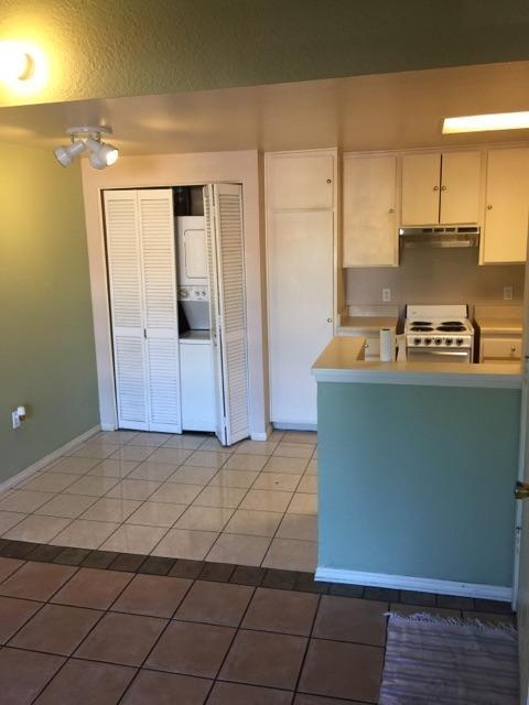 863 W San Ysidro Blvd. #10, San Diego, CA 92173 (#180003895) :: Neuman & Neuman Real Estate Inc.