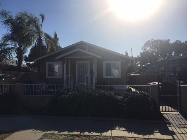 3809 Birch, San Diego, CA 92113 (#180006832) :: Whissel Realty