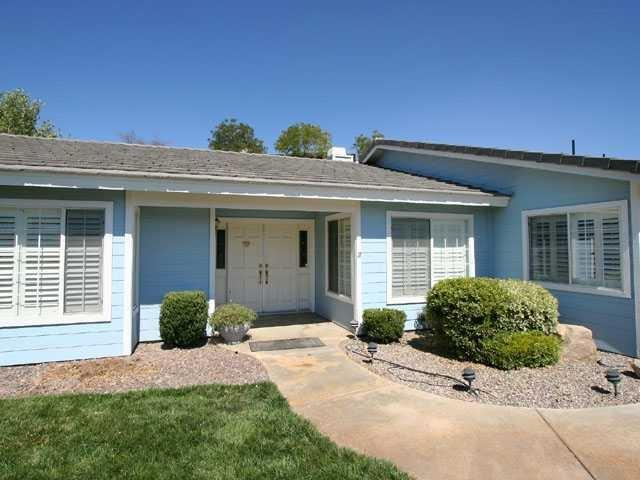 24704 Pappas Road, Ramona, CA 92065 (#180008642) :: The Yarbrough Group
