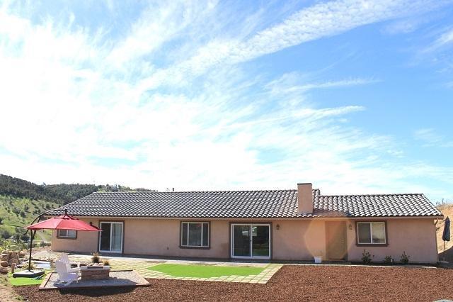 11910 Keys Creek Road, Valley Center, CA 92082 (#180008869) :: Neuman & Neuman Real Estate Inc.