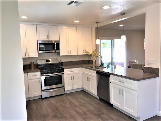 9777 Vine St, Lakeside, CA 92040 (#180008976) :: Whissel Realty