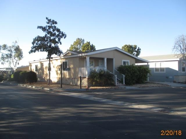 3302 Don Diablo Dr, Carlsbad, CA 92010 (#180009099) :: The Houston Team | Coastal Premier Properties