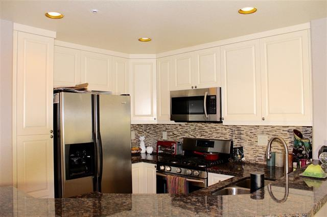 12604 Carmel Country #14, San Diego, CA 92130 (#180012316) :: The Houston Team | Coastal Premier Properties