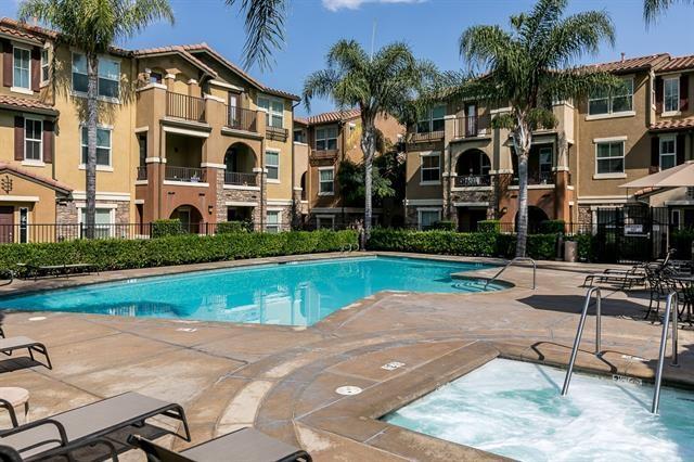 8795 Bright Ct #6, Santee, CA 92071 (#180013655) :: Keller Williams - Triolo Realty Group
