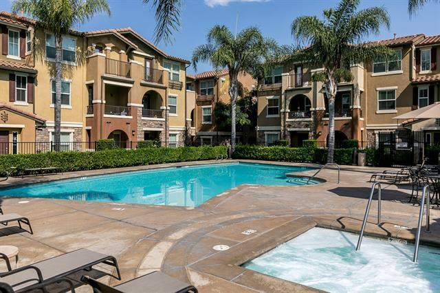 8795 Bright Ct #6, Santee, CA 92071 (#180013655) :: Neuman & Neuman Real Estate Inc.