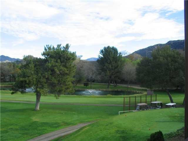 4650 Dulin, Fallbrook, CA 92028 (#180013785) :: Allison James Estates and Homes