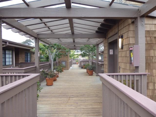 8840 Villa La Jolla Drive #309, La Jolla, CA 92037 (#180014420) :: The Houston Team | Coastal Premier Properties