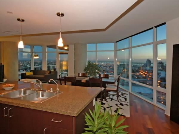 1080 Park Blvd #1515, San Diego, CA 92101 (#180015018) :: The Yarbrough Group