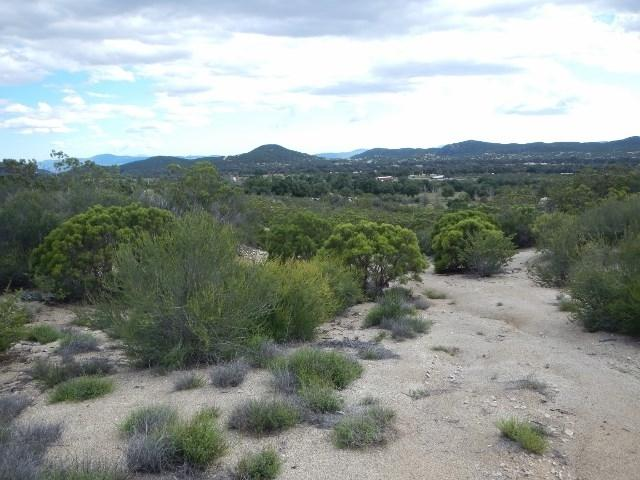 20 acres Old Stone Hill Road 20 Acres, Warner Springs, CA 92086 (#180016419) :: Beachside Realty